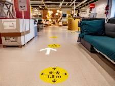 In de rij voor heropende 'coronaproof' Ikea in Utrecht, maar: 'Klanten komen heel gericht aankopen doen'