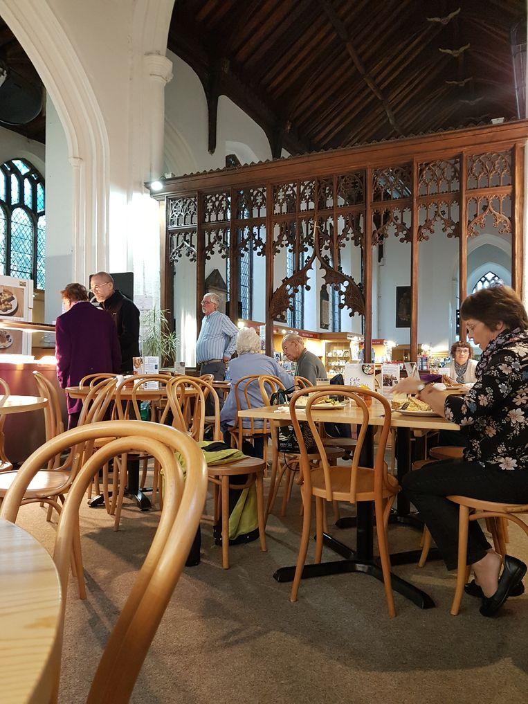 The Revelation Café is gevestigd in een voormalige kerk.  Beeld RV