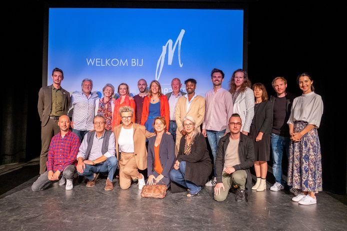 Theater M bij de laatste seizoensvoorstelling, in 2019. Met links Yves De Lathauwer