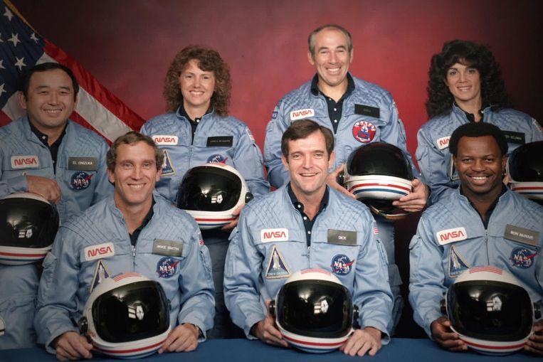 De bemanning: Ellison S. Onizuka, Mike Smith, Christa McAuliffe, Dick Scobee, Gregory Jarvis, Judith Resnik en Ronald McNair. Beeld Credit : Public Domain/NASA