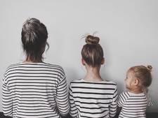 Moeder en dochters in matchende outfits veroveren Instagram