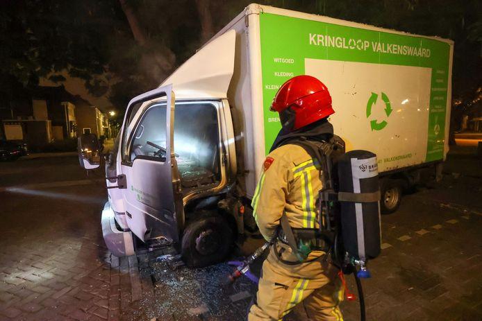 Vrachtwagenbrand in Eindhoven.
