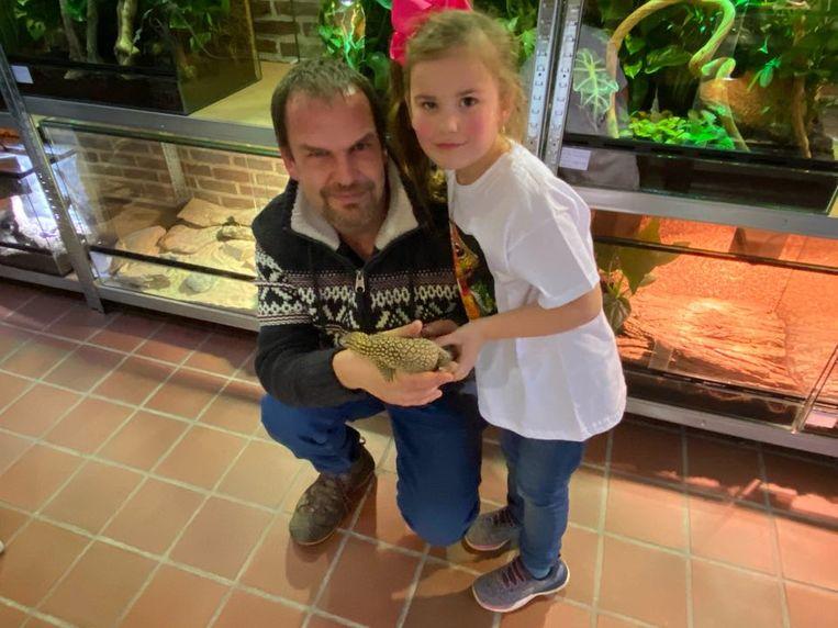 De naam van zijn dochtertje Amaya (5) inspireerde eigenaar Bart tot de zaaknaam 'Papamaya Reptiles'.