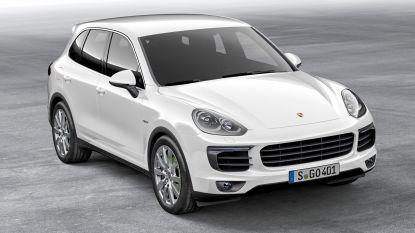 Ook burgemeester De Padt legt Porsche van wegpiraat aan ketting