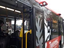 Waarom rijdt die bus in Enschede steeds achteruit?