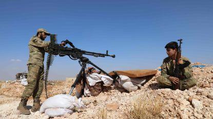 """Deadline voor Syrische rebellen in Idlib nadert, """"humanitaire ramp"""" loert om het hoekje"""