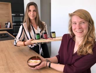 """Zussen lanceren eerste 100% Belgische foodpowder: """"Kruid je smoothies eens met snuifje framboos of appel"""""""