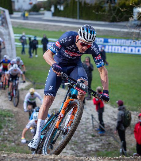Van der Poel eindigt op de mountainbike als zevende in wereldbekerwedstrijd Albstadt
