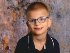 """L'école du garçon mort noyé pendant le match des Diables lui rend hommage: """"Tu as une place dans notre cœur"""""""