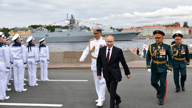 """Poetin pocht over slagkracht Russische marine: """"In staat om elke vijand klap toe te brengen"""""""