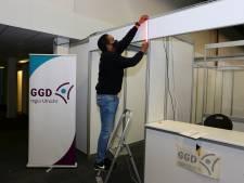 Vanaf vrijdag zet GGD Utrecht in Houten de eerste prikken: 'Hopelijk het begin van het einde van de pandemie'