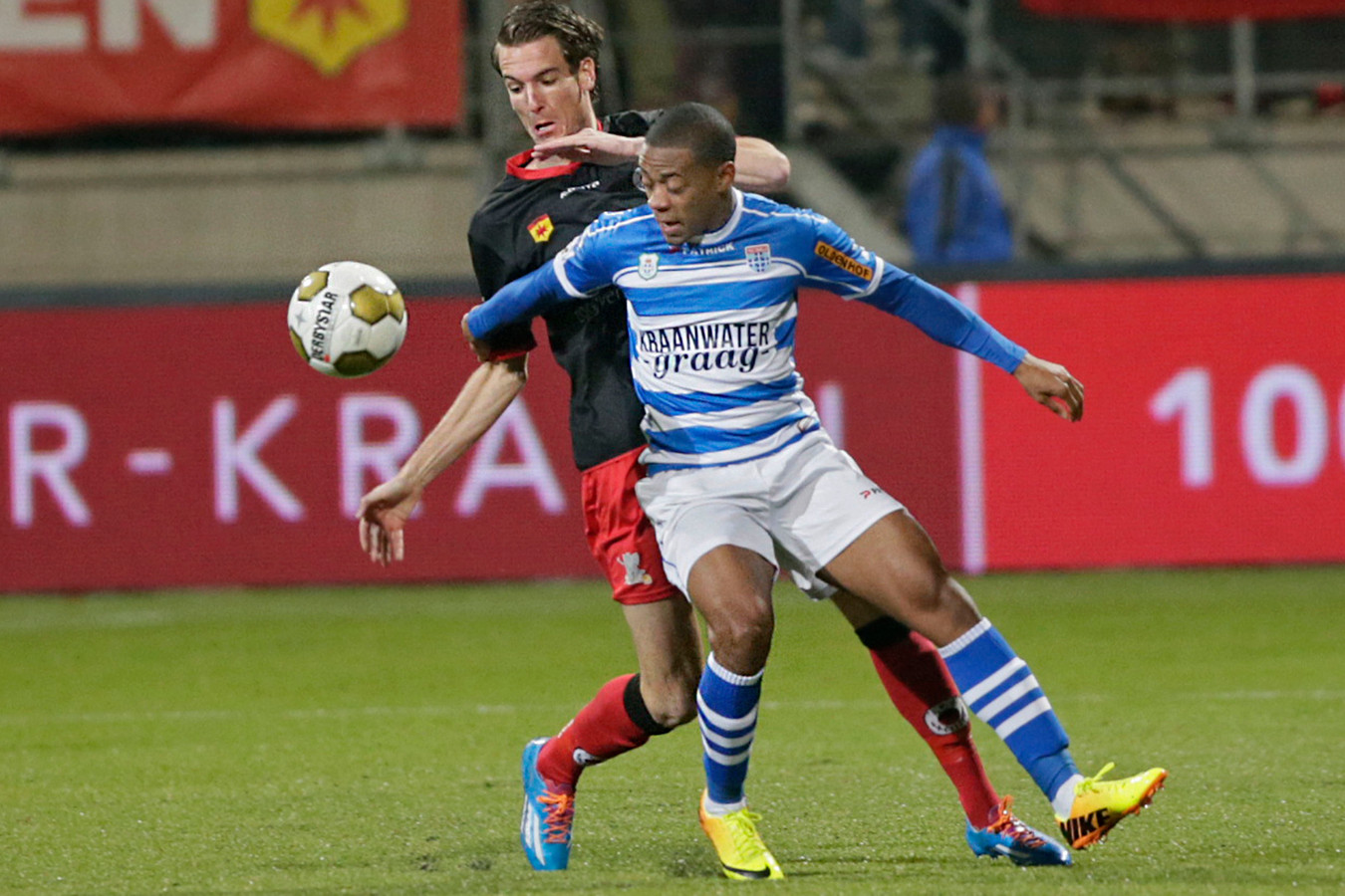 Giovanni Hiwat tijdens de eerdere periode bij PEC Zwolle.
