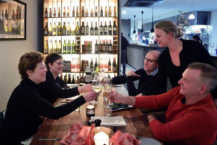 Restaurant de Zuyderburen in Raadhuisstraat.