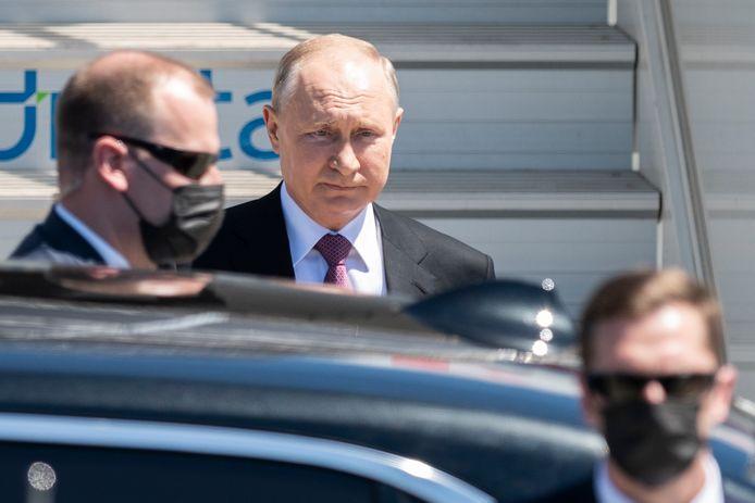 Poetin bij zijn aankomst in Genève vandaag.