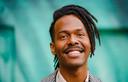 Jeangu Macrooy zingt over Black Pride, maar daar lijken Nederlanders weinig over te willen weten.