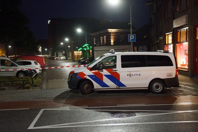 Politie  op de plek van de steekpartij in Winterswijk.