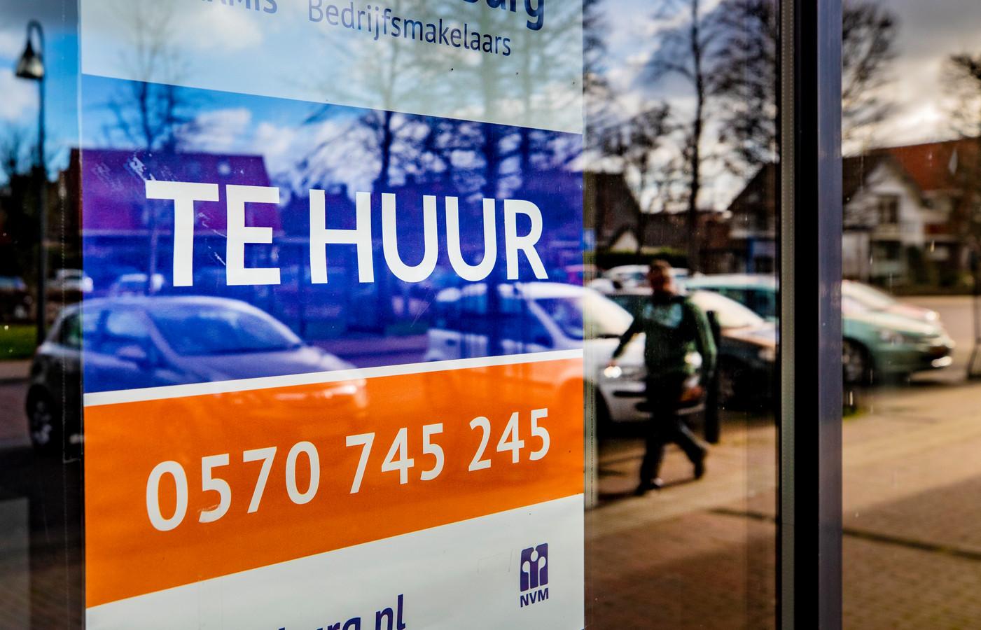DS-2020-0889 - Olst - Winkels in klein dorp Olst doen het allemaal goed, tegen de stroom van leegstand in. Foto Rob Voss - www.robvoss.nl