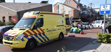 Man rijdt met scootmobiel van stoep en raakt zwaargewond