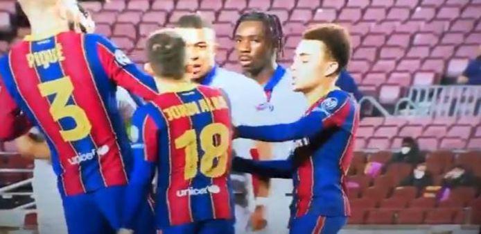 Joute verbale entre Jordi Alba et Kylian Mbappé