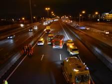 A4 naar Amsterdam na twee uur weer open na zwaar ongeval bij Leidschendam