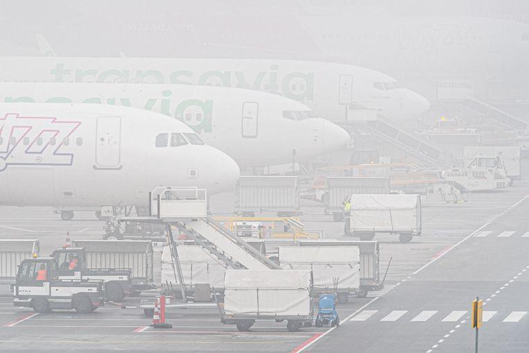 Eindhoven Airport in de mist. Beeld ANP