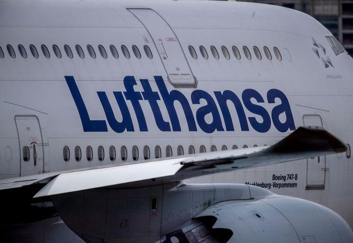 Een Boeing 747 van Lufthansa op de luchthaven van Frankfurt.