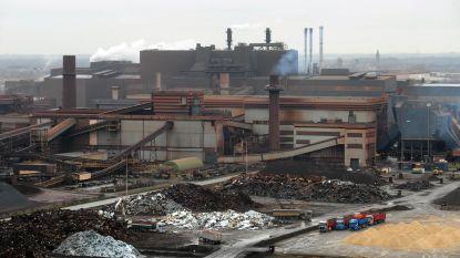 """Zware ontploffing bij ArcelorMittal in Gent: """"Eén dode en één zwaar gewonde"""", mogelijk ook giftige dampen vrijgekomen"""