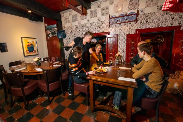 Over de Tong ging eten bij Stien in Staphorst.