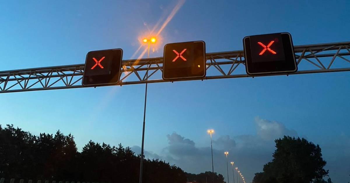 Zes autos en motor betrokken bij ongeval op A58 tussen Moergestel en Best.