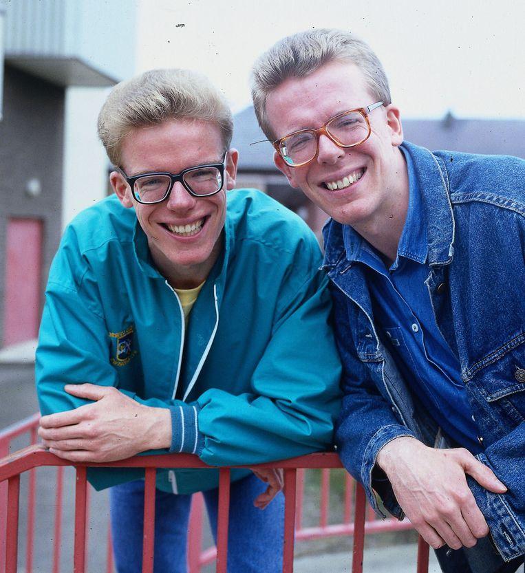 De tweelingbroers Charlie en Craig Reid in de jaren 80. Beeld Alamy Stock Photo