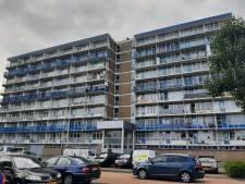 Man ligt weken dood in Alphense flat, buren slaan alarm