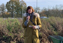 Schepen De Leeuw bij het collectief planten van 15.000 bomen aan de Edegemse Beekvallei eind november 2019.