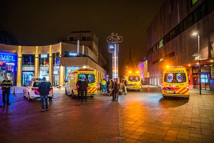 Twee zwaargewonden na val in fietsenstalling in centrum Eindhoven