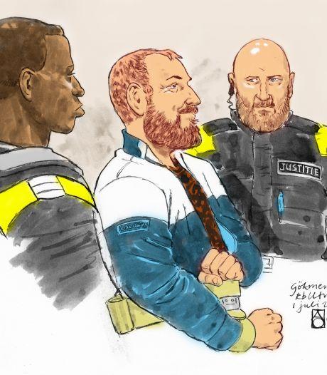 Tramschutter Gökmen Tanis steekt gevangenisbewaker in het gezicht