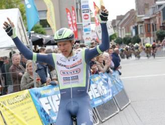 """Taco van der Hoorn wint Omloop van het Houtland: """"Benieuwd wat ik in Parijs-Roubaix waard ben"""""""