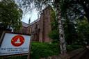 De voormalige Sint-Victorkerk in Afferden is nu een boeddhistische tempel.