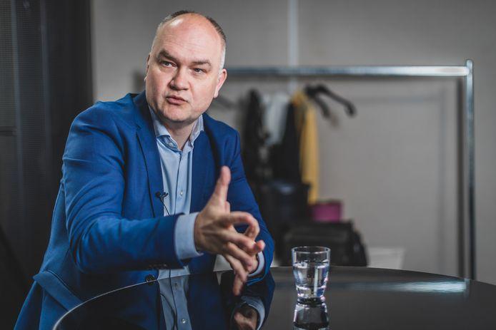 Björn Rzoska (Groen) wil meer middelen vrij maken voor de aanleg van veilige fietspaden.