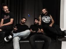 De opmars van de Griekse rockers: band 1000mods geeft optreden in de Effenaar in Eindhoven