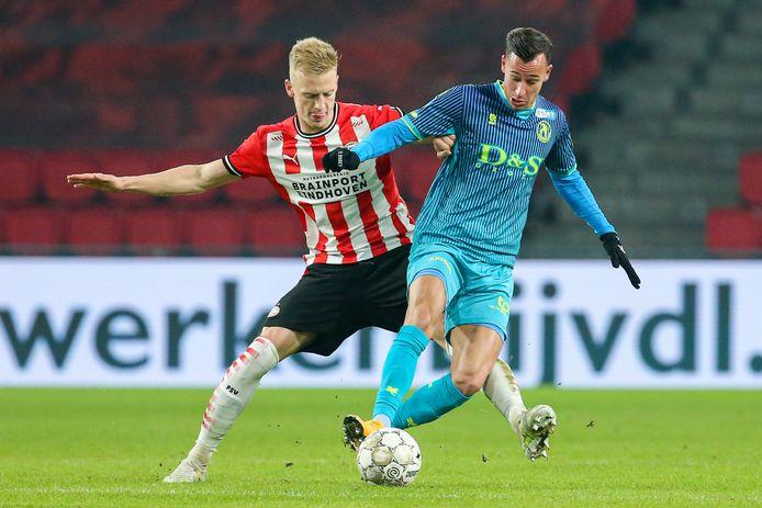 Timo Baumgartl maakte zijn rentree in de basis, hij speelde op 22 oktober voor het laatst voor PSV.