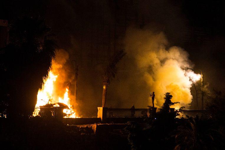 Brand in Caïro na de explosie. Beeld EPA