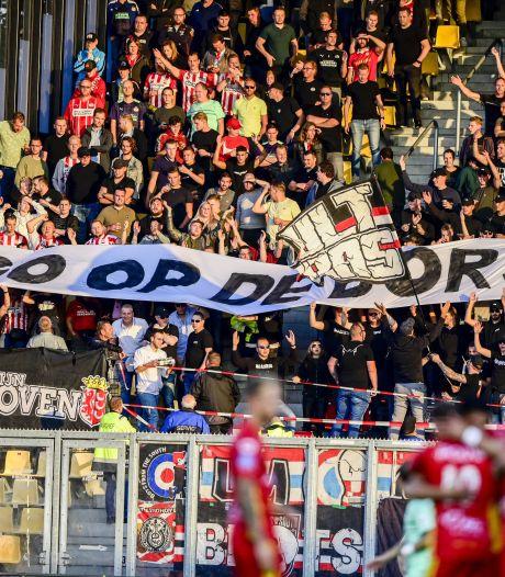 PSV krijgt steun van ongeveer 500 supporters in Graz