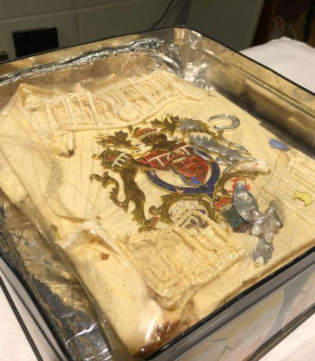 Adjugé! 2.000 euros pour une part du gâteau de mariage de Charles et Diana... 40 ans plus tard