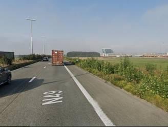 Parket zoekt getuigen van dodelijk verkeersongeval op de E34 in Beveren