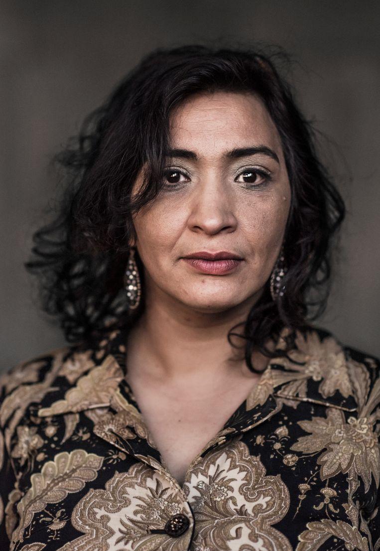 Jamila Channouf: 'We kennen elkaar al veel beter dan we denken. Ondertussen leven de burgers al jaren met de zogezegde 'andere'.'  Beeld Karoly Effenberger