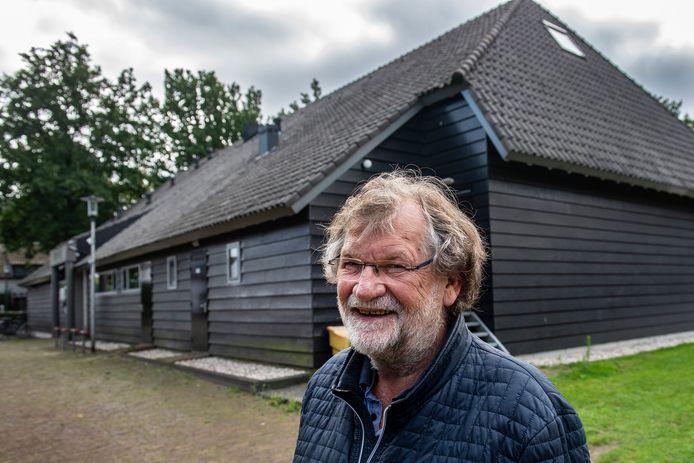Jos van Etten (68) stopt als burgerraadslid voor Breda Beslist, na 25 jaar politiek actief te zijn geweest. Hij is penningmeester bij de Pekhoeve.