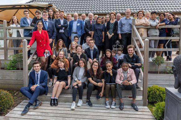 De laureaten, juryleden en leden van Rotary Club Meise-Bouchout.