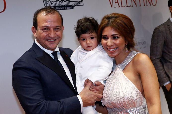 Najib Amhali, zijn vrouw Niama en hun zoontje.