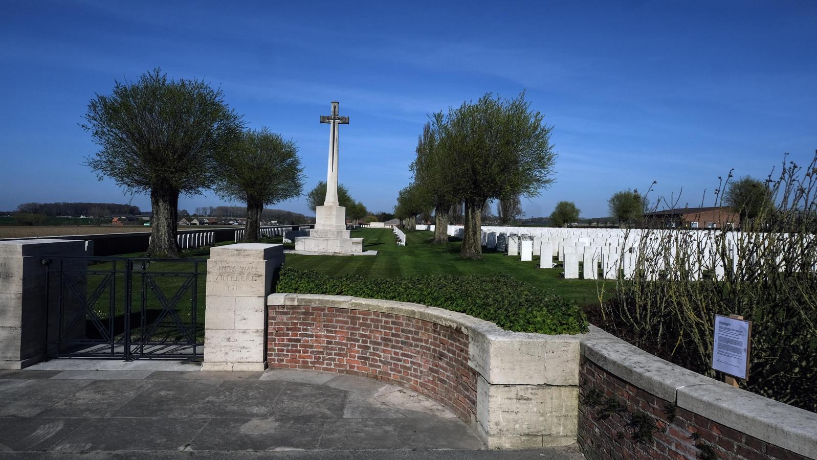 Van het Perth Cemetery (China Wall) worden muren en een schuilhuisje gerestaureerd.