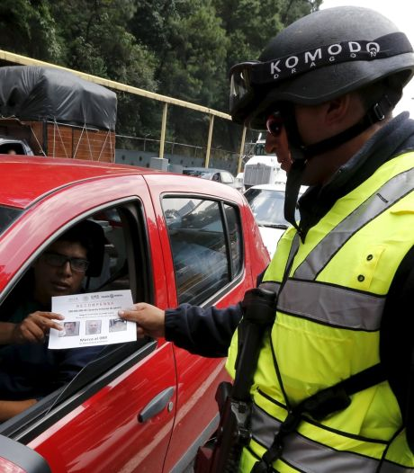 Mexicaanse marine jaagt op drugsbaron 'El Chapo'