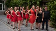 Miss Elegance stelt kandidates finale voor in Burgemeestershof in Massemen